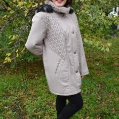 Jacheta moderna, nuanta de bej, cu aspect matlasat si nasturi (Culoare: BEJ, Marime: 50) - Jacheta dama