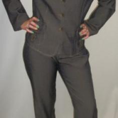 Sacou pentru femei model casual, de culoare maro cu reflexe (Culoare: MARO, Marime: 48) - Sacou dama