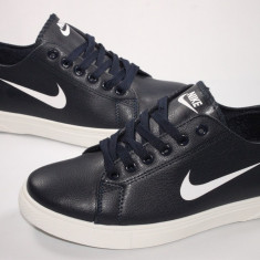 Tenisi Nike calitate garantata, lichidare de stoc, model 2015 - 2016 . - Tenisi barbati Nike, Marime: 41, 42, 43, Culoare: Alb, Indigo, Piele sintetica