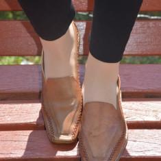Pantof cu toc mic, patrat, fabricat din piele de culoare bej (Culoare: BEJ, Marime: 37) - Pantof dama