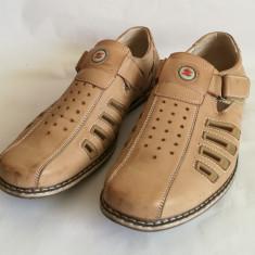 Pantofi de vara - Sandale barbati Adidas din piele Brospa Fashion Shoe mar.44, Marime: 42, Culoare: Maro