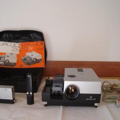 Aparat proiectie diapozitive AGFACOLOR 250 cu dubla telecomanda