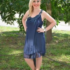 Rochie de matase, de culoare bleumarin, cu broderie manuala (Culoare: BLEUMARIN, Marime: 42) - Rochie de zi, Fara maneca