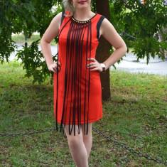 Rochie de club, provocatoare, cambrata, rosu-negru (Culoare: ROSU-NEGRU, Marime: 40), Scurta