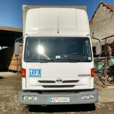 Volvo-Nissan Atleon 15.210 - Camion