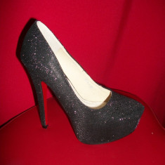 Pantofi cu toc inalt, de culoare negri (Culoare: NEGRU, Marime: 38) - Pantof dama