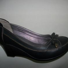 Pantof cu toc mediu-jos, ortopedic, de zi, de culoare negru (Culoare: NEGRU, Marime: 39) - Pantof dama