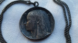 Medalion argint Zeitate feminina Egipteana vechi SEMNAT pe Lant argint RAR