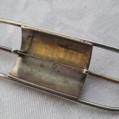 Brosa argint VIENEZA Semnata cu Pistil din aur/alama? executata manual Finuta