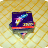 Diskete noi Fujifilm 2 HD_formatate IBM_pretul este per cutie cu 10 bucati