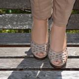 Sanda casual cu platforma crem si fete bicolore din piele (Culoare: BEJ, Marime: 38)