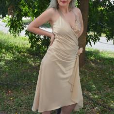 Rochie de seara bej, model asimetric, infrumusetata cu paiete (Culoare: BEJ, Marime: 40), Scurta, Cu bretele