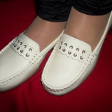 Pantofi din piele naturala bej, cu accesoriu discret, confortabili (Culoare: BEJ, Marime: 38)