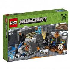 LEGO MINECRAFT Portalul final 21124