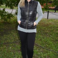 Vesta usoara de toamna-iarna, culoare neagra, din fas cu fermoar (Culoare: NEGRU, Marime: S-36) - Jacheta dama