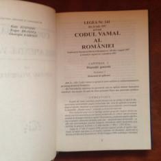 Carte - Codul vamal & Regulament vamal cu adnotari si comentarii / 320 pagini !