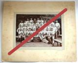 Fotografie veche pe carton, grup de sportivi germani - circa 1900