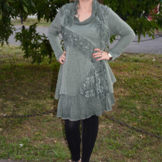 Rochie scurta, moderna, de culoare verde inchis, cu dantela (Culoare: VERDE INCHIS, Marime: 44) - Rochie tricotate, Lunga