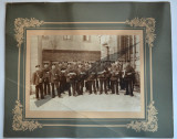 Fotografie veche de grup pe carton, postasi germani - inceput de secol XX