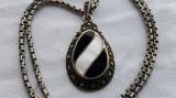 Medalion argint ONIX si SIDEF batut in marcasite Austria SUPERB pe Lant argint