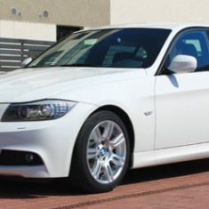 Vand BMW 320d e90 Ploiesti, An Fabricatie: 2010, Motorina/Diesel, 113000 km, 2000 cmc, Seria 3