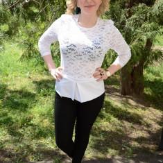 Bluza din dantela florala, culoare alba (Culoare: ALB, Marime: 48) - Bluza dama