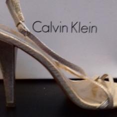 Sandale Calvin Klein superbe de ocazie - Sandale dama Calvin Klein, Culoare: Auriu, Marime: 39