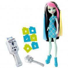 Jucarie fetite papusa Frankie Stein Monster High