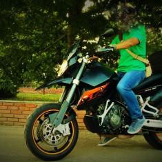 KTM 990 SM - Motocicleta KTM
