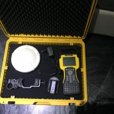 GPS TRIMBLE SPS881 -R8- model 2 GLONASS-RTK cu carnet de teren TSC2