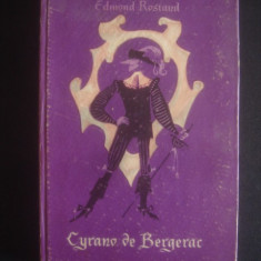 EDMOND ROSTAND - CYRANO DE BERGERAC {limba franceza} - Carte in franceza