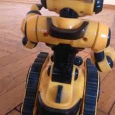Vand Mini Roboti cu baterii de la WowWee - Roboti de jucarie