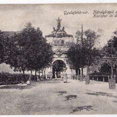 Alba Iulia Gyulafehervar,cetatea,poarta principala CP circulata,animata