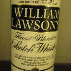 2 sticle Whisky Chivas, william lawsonì's, finest blended scotch wisky, cl.70 gr.40