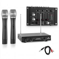 Un set de microfoane fără fir cu amplificator cu 3 canale, negru - Microfon