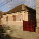 Casa de vanzare in oras LIPOVA zona centrala, 141 mp, Numar camere: 4, Suprafata teren: 272