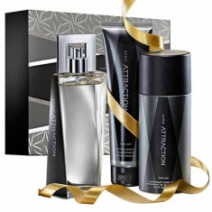 Set Attraction man AVON (apa de toaleta 75ml, deodorant, gel de dus) - Parfum barbati