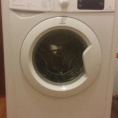 Masina de spalat, defecta, rulmenti cazuti - Masina de spalat rufe incorporabila Indesit