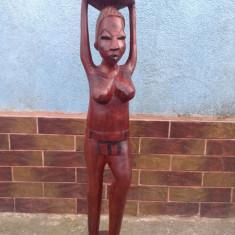 Arta Africana - Femeie nud din lemn de abanos !!!