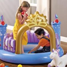 Centru de joaca gonflabil Castelul Magic INTEX
