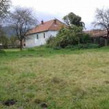 Casă cu curte și gradină lângă casă, intravilan - Casa de vanzare, 124 mp, Numar camere: 5, Suprafata teren: 33000