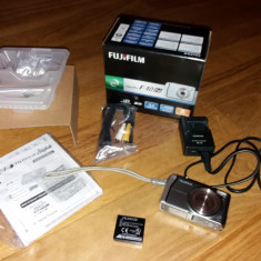 Aparat foto Fujifilm F40fd+card 2GB+cutie+accesorii+husa - Aparat Foto compact Fujifilm