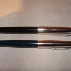Lot 2 stilouri vechi Made in China