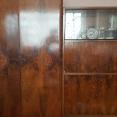 Vand mobila veche, lemn masiv de nuc