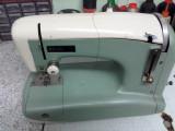 Masina de cusut adlerette 190