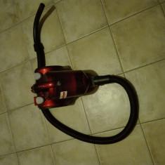Vand aspirator Royal Dirt Devil - Aspiratoar fara Sac Dirt Devil, 2000 W