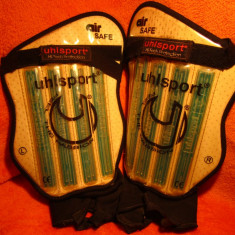 Protecti Tibie / Fotbal Air Safe - Unisport Hi Tech - Fell The Passion - Set echipament fotbal, Marime: Marime universala