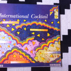 International cocktail vol 1 compilatie disc Muzica Pop electrecord usoara beat anii 60 70, VINIL