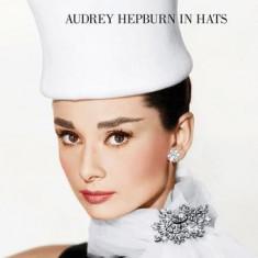 Audrey Hepburn in Hats - Carte in engleza