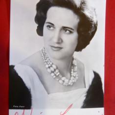 Fotografia actritei Adriana Carroni   1946 , cu autograf  si dedicatie